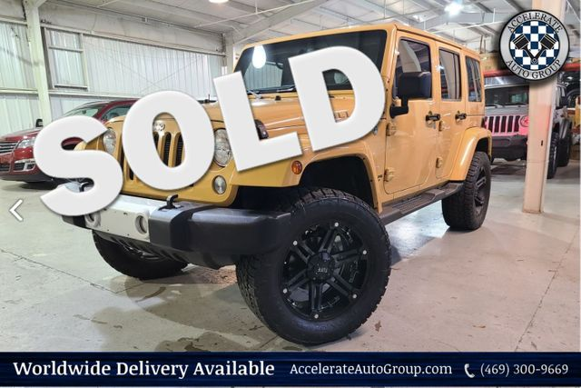 2014 Jeep Wrangler Unlimited SAHARA 2 TOPS LEATH LIFT CUST WHLS NAV AUTO TRANS in Rowlett