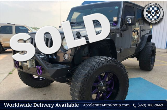 2014 Jeep Wrangler Unlimited RUBICON NAV LEATHER CUSTOM UPGRADES LOADED NICE! in Rowlett