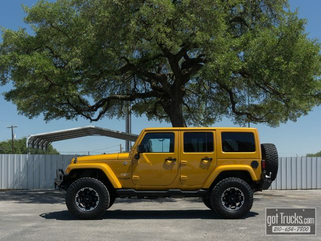 2014 Jeep Wrangler Unlimited Sahara 3.6L V6 4X4