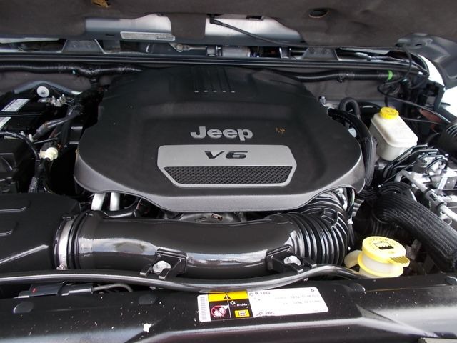 2014 Jeep Wrangler Unlimited Sahara Shelbyville, TN 17