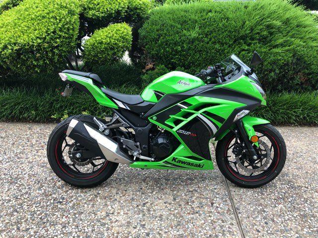 2014 Kawasaki Ninja 300 300