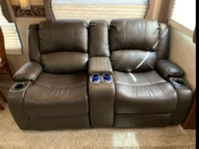 2014 Keystone Cougar 32 RES 3 Slides   city FL  Manatee RV  in Palmetto, FL