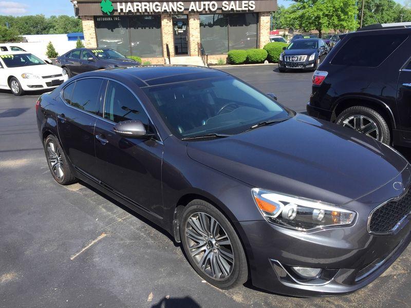 2014 Kia Cadenza Premium | Dayton, OH | Harrigans Auto Sales in Dayton OH