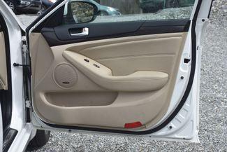 2014 Kia Cadenza Premium Naugatuck, Connecticut 9