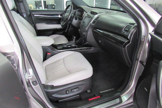 2014 Kia Sorento SX Limited W/ NAVIGATION SYSTEM/ BACK UP CAM Chicago, Illinois 14