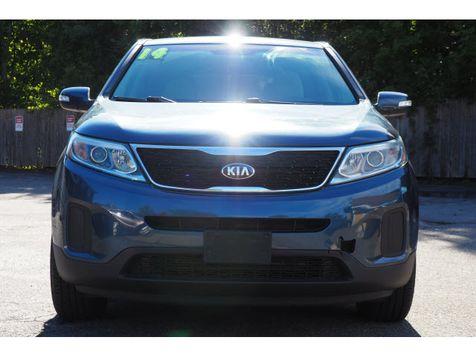 2014 Kia Sorento LX | Whitman, MA | Martin's Pre-Owned Auto Center in Whitman, MA
