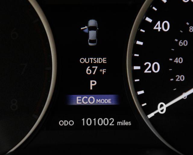 2014 Lexus ES 300h Hybrid Burbank, CA 19