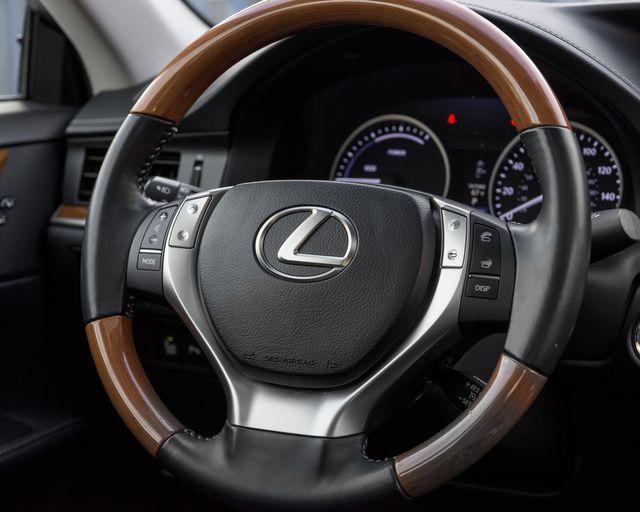 2014 Lexus ES 300h Hybrid Burbank, CA 16