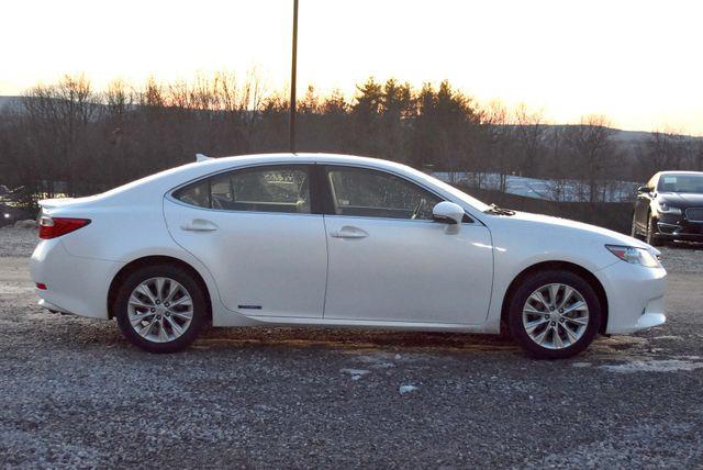 2014 Lexus ES 300h Hybrid Naugatuck, Connecticut 5