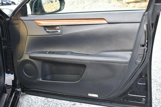 2014 Lexus ES 300h Hybrid Naugatuck, Connecticut 13