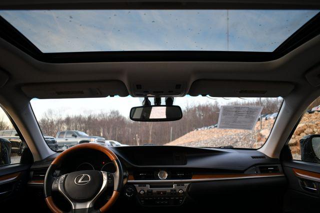 2014 Lexus ES 300h Hybrid Naugatuck, Connecticut 22