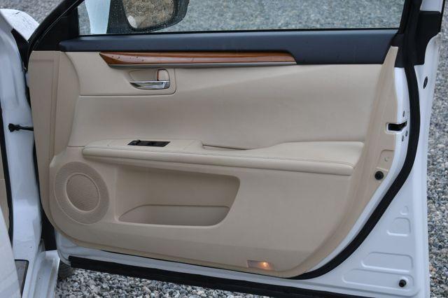 2014 Lexus ES 300h Hybrid Naugatuck, Connecticut 10