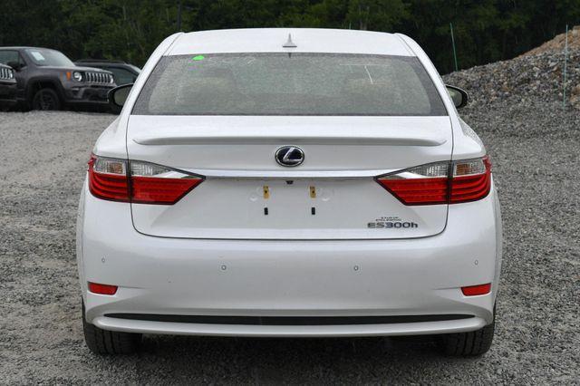 2014 Lexus ES 300h Hybrid Naugatuck, Connecticut 3