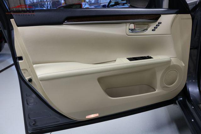 2014 Lexus ES 350 Merrillville, Indiana 24