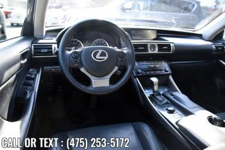 2014 Lexus IS 250 4dr Sport Sdn Auto AWD Waterbury, Connecticut 11