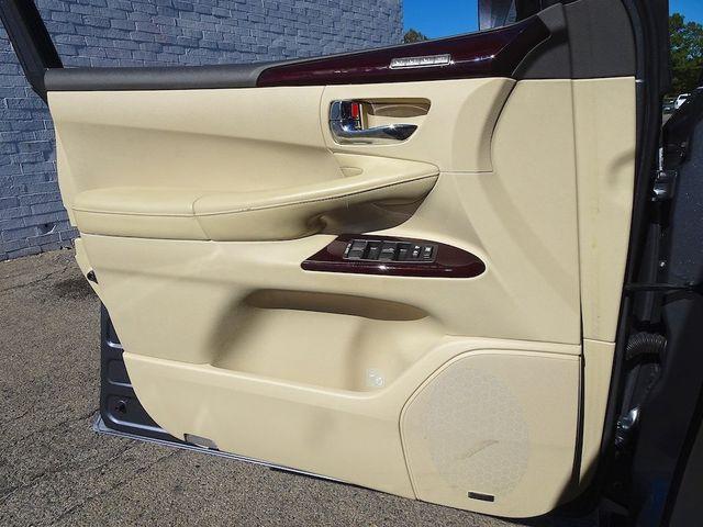 2014 Lexus LX 570 570 Madison, NC 31
