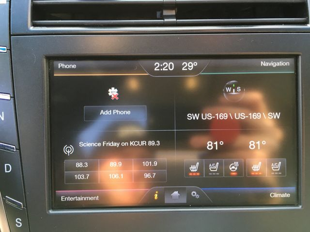 2014 Lincoln MKZ AWD V6 in Gower Missouri, 64454