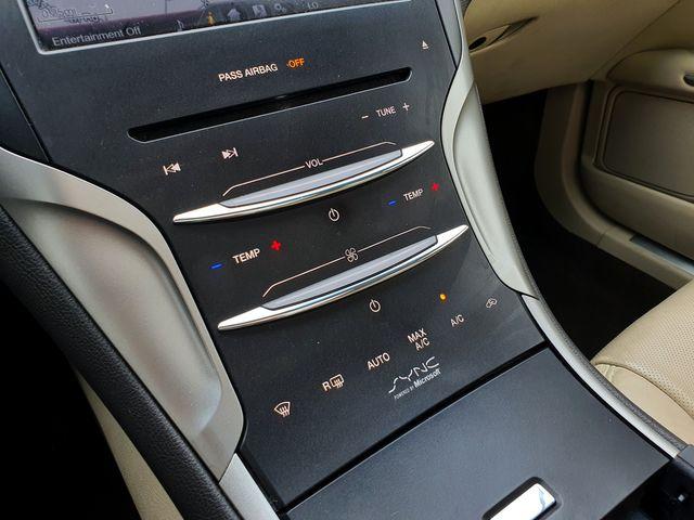 2014 Lincoln MKZ Hybrid Premium w/Navigation/Panoramic/SYNC in Louisville, TN 37777