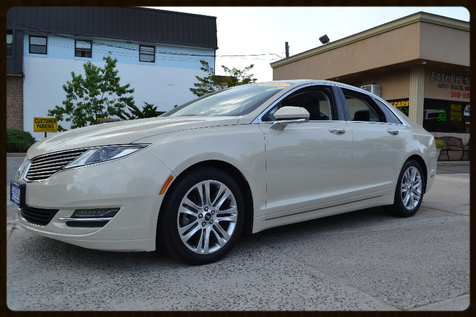 2014 Lincoln MKZ Hybrid in Lynbrook, New
