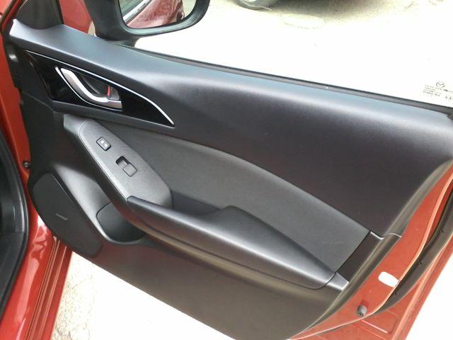 2014 Mazda Mazda3 i Touring Boerne, Texas 18