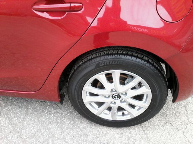 2014 Mazda Mazda3 i Touring Boerne, Texas 33