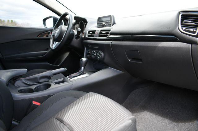 2014 Mazda Mazda3 i Touring Naugatuck, Connecticut 10