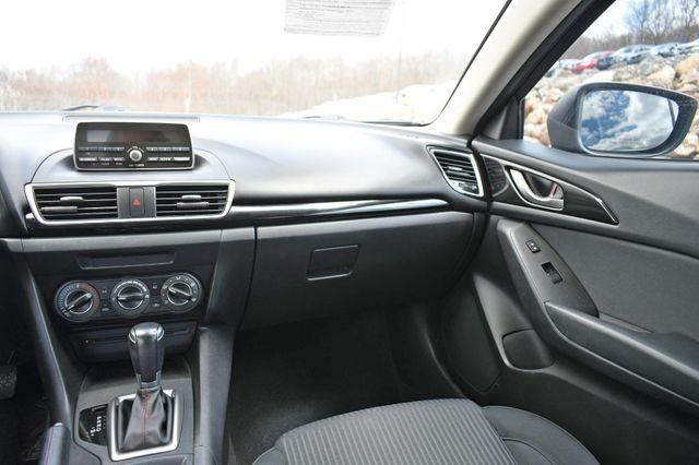 2014 Mazda Mazda3 i Touring Naugatuck, Connecticut 19