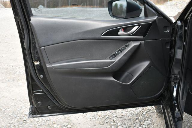 2014 Mazda Mazda3 i Touring Naugatuck, Connecticut 20
