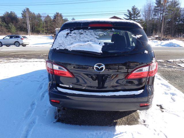 2014 Mazda Mazda5 Sport Hoosick Falls, New York 3