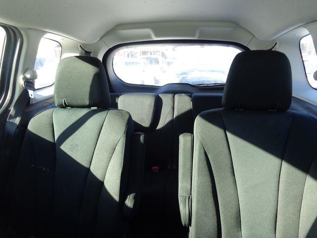 2014 Mazda Mazda5 Sport Hoosick Falls, New York 4