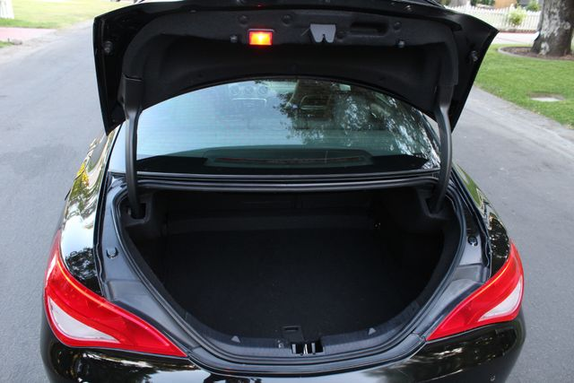 2014 Mercedes-Benz CLA 250 NAVIGATION AUTOMATIC LEATHER ALLOY WHLS in Van Nuys, CA 91406