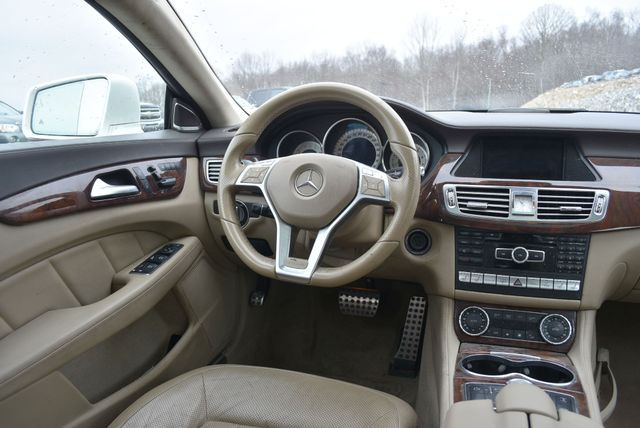 2014 Mercedes-Benz CLS 550 4Matic Naugatuck, Connecticut 15