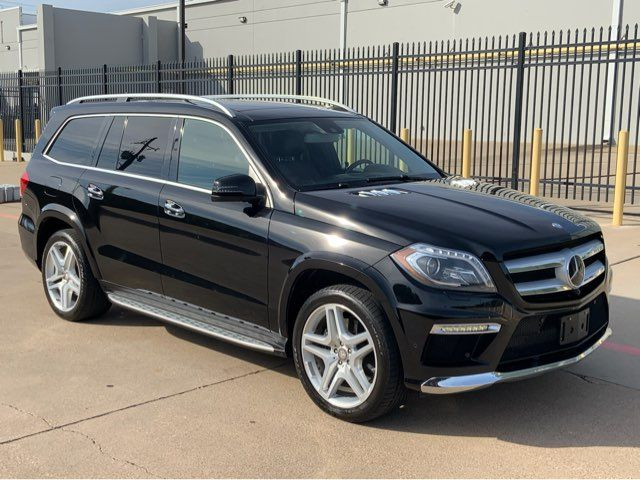 2014 Mercedes-Benz GL 550 DVD * PANO ROOF * Drivers Assist * Clean Carfax *