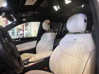 2014 Mercedes Gl550 4-Matic MAJESTIC!~ LOADED UP, DESIGNO INTERIOR! Saint Louis Park, MN 13