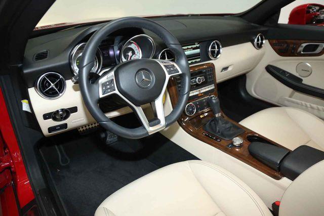 2014 Mercedes-Benz SLK 250 Houston, Texas 14