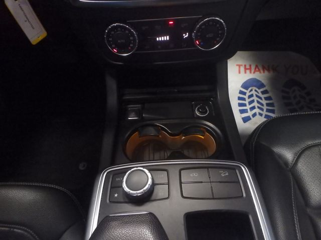 2014 Mercedes-Gl 450 4-Matic BEAUTIFUL MACHINE, WINTER READY Saint Louis Park, MN 17