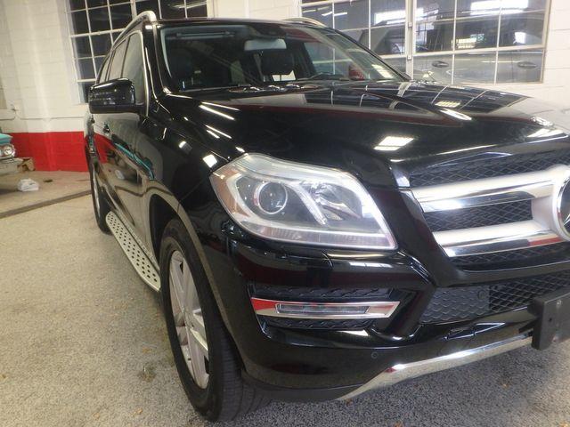 2014 Mercedes-Gl 450 4-Matic BEAUTIFUL MACHINE, WINTER READY Saint Louis Park, MN 38