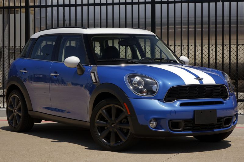 2014 Mini Countryman S* Auto Trans, Pano Roof* EZ Finance** | Plano, TX | Carrick's Autos in Plano TX