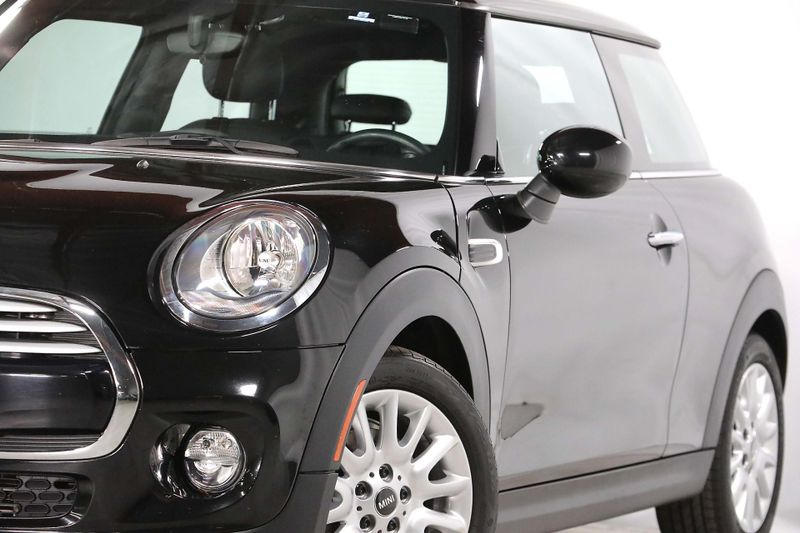 2014 Mini Hardtop - Manual - Only 20K miles  city California  MDK International  in Los Angeles, California