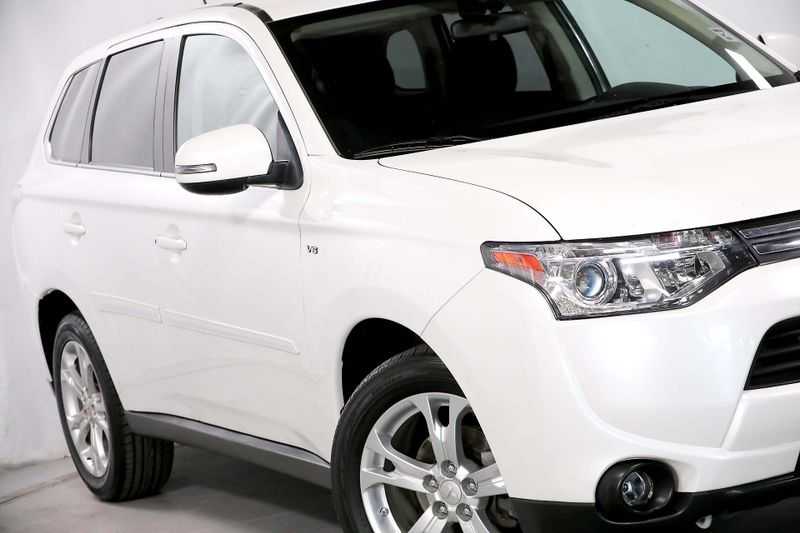 2014 Mitsubishi Outlander GT - 3rd row seats - AWD - Back up camera  city California  MDK International  in Los Angeles, California