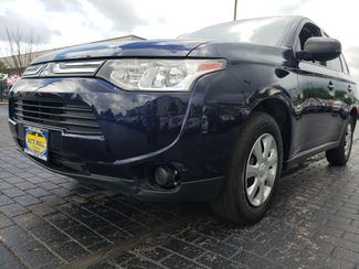 2014 Mitsubishi Outlander ES | Champaign, Illinois | The Auto Mall of Champaign in Champaign Illinois