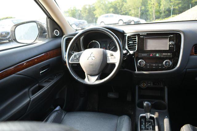 2014 Mitsubishi Outlander SE Naugatuck, Connecticut 17