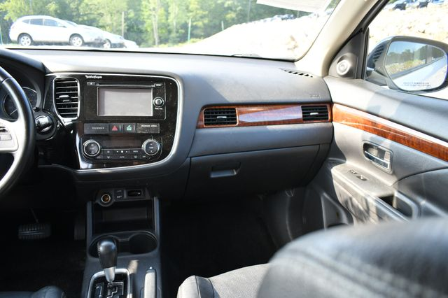 2014 Mitsubishi Outlander SE Naugatuck, Connecticut 19