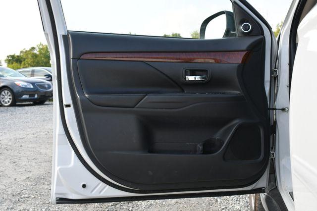 2014 Mitsubishi Outlander SE Naugatuck, Connecticut 21
