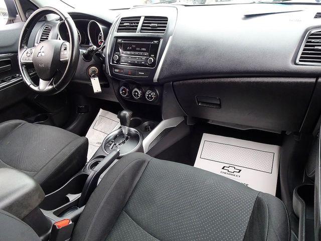 2014 Mitsubishi Outlander Sport ES Madison, NC 32