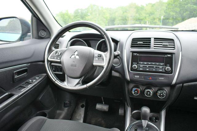 2014 Mitsubishi Outlander Sport ES 4WD Naugatuck, Connecticut 17