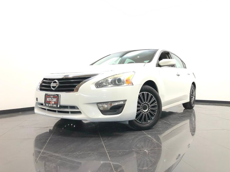 2014 Nissan Altima *Get Approved NOW* | The Auto Cave in Addison