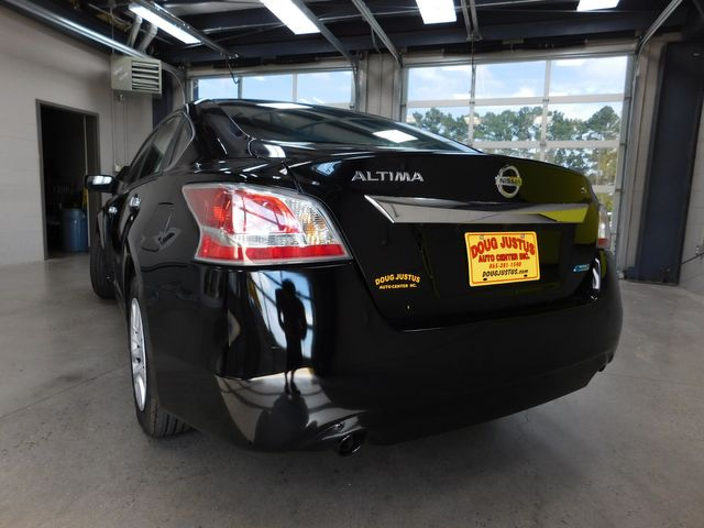 2014 Nissan Altima 2.5 S in Airport Motor Mile ( Metro Knoxville ), TN 37777