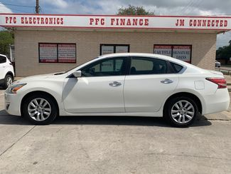 2014 Nissan Altima 2.5 S in Devine, Texas 78016