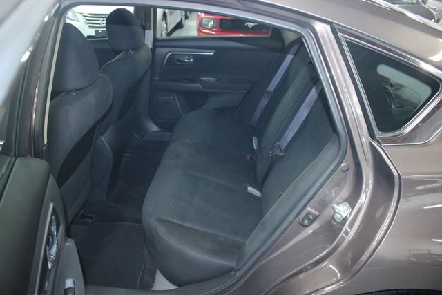 2014 Nissan Altima 2.5 S Kensington, Maryland 28